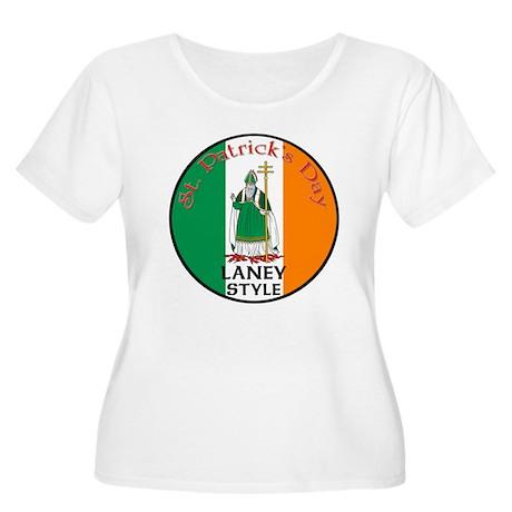 Laney, St. Patrick's Day Women's Plus Size Scoop N
