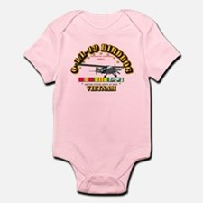 L19 Bird Dog w VN Svc Ribbons Infant Bodysuit