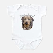 Dachshund Mom2 Infant Bodysuit