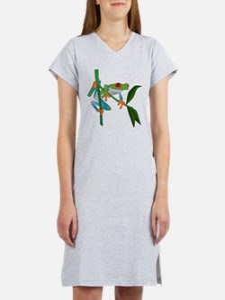 Cute Tree frog Women's Nightshirt