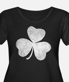 Distressed Shamrock Plus Size T-Shirt
