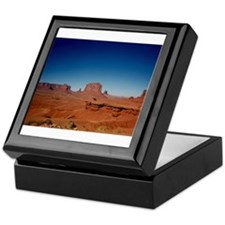 Monument Valley 3 Keepsake Box