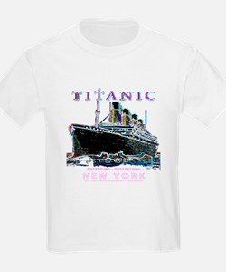 Cute Sinking of titanic T-Shirt