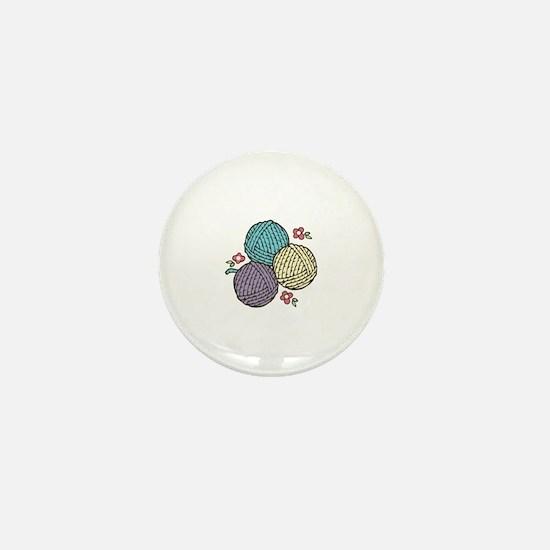 3 Yarn Balls Mini Button