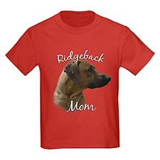 Ridgeback Mom2 T