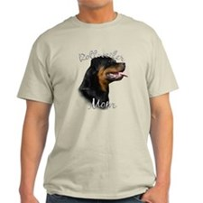 Rottweiler Mom2 T-Shirt