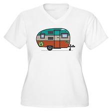 Vintage FAN Travel Trailer Plus Size T-Shirt