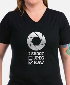 I Shoot ? - Photography T-Shirt
