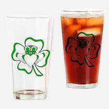 Claddagh-01 Drinking Glass