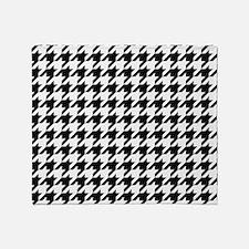 Black: Houndstooth Checkered Pattern Throw Blanket