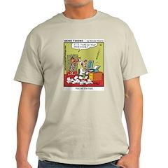 #32 Hot on the trail Light T-Shirt