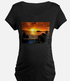Amazing 3d Sunrise Maternity T-Shirt