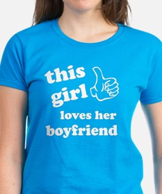 This girl loves her boyfriend Tee