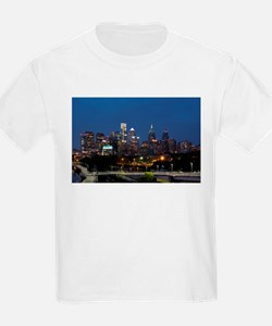 Philly skyline from Schuylkill Banks board T-Shirt