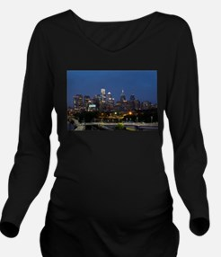 Philly skyline from Long Sleeve Maternity T-Shirt