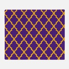 Moroccan Quatrefoil Pattern: Purple Throw Blanket