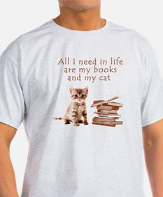 Cats and books T-Shirt