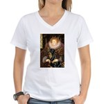 Queen & Rottie Women's V-Neck T-Shirt
