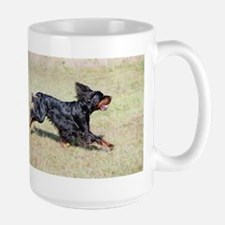 gordon setter in motion Mugs