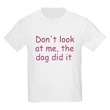 dog did it pink T-Shirt