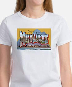 Milwaukee Wisconsin Greetings (Front) Women's T-Sh
