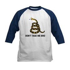 Unique Don't taze me bro Tee