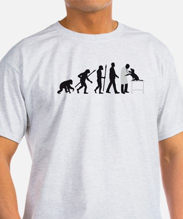 evolution of man veterinarian T-Shirt