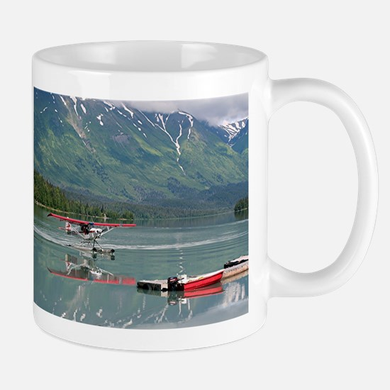 Float plane, Trail Lake, Alaska Mugs