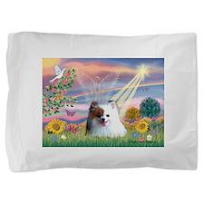 Cloud Angel / Pomeranian (r&w Pillow Sham