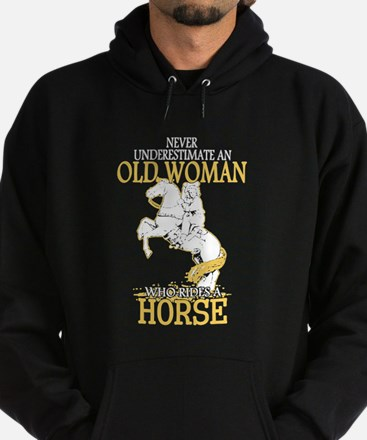 Never Underestimate An Old Woman Who Hoodie (dark)