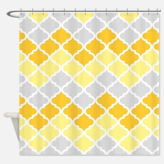 Yellow chevron shower