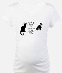 BLACK CATS ARE MAGICAL! Shirt