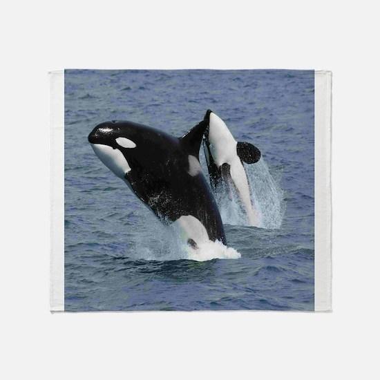 Killer Whales Throw Blanket