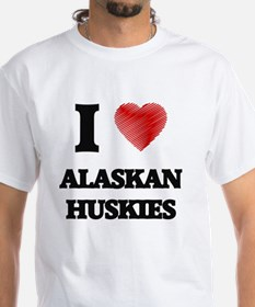 I love Alaskan Huskies T-Shirt
