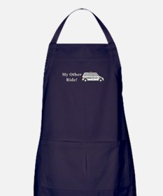 Moms Taxi My Other Ride Apron (dark)