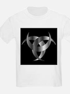 Horned Triskele- The horn of Odin T-Shirt