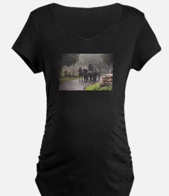 FUNERAL IN THE RAIN Maternity T-Shirt