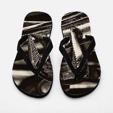 Pliers Flip Flops