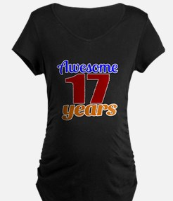 Awesome 17 Years Birthday T-Shirt