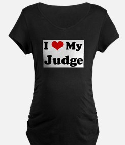 I Love Judge Maternity T-Shirt