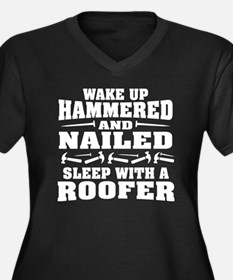 Unique Roofer Women's Plus Size V-Neck Dark T-Shirt