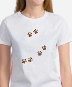 labrador mom 2 wh T-Shirt