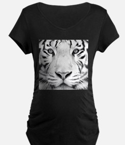 Realistic Tiger Painting Maternity T-Shirt