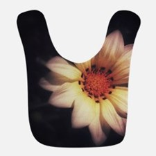 One Flower 1 Bib