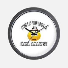 Smile If You Love Data analyst Wall Clock