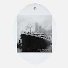 Cute Rms titanic Oval Ornament