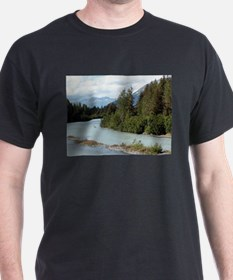 River and mountains, Alaska, USA T-Shirt