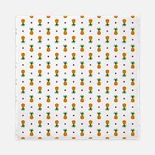 Pixel Art Pineapple Pattern Queen Duvet