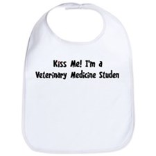 Kiss Me: Veterinary Medicine  Bib