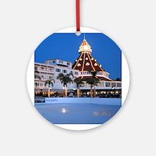 Hotel Del Coronado Holiday Ornament (Round)